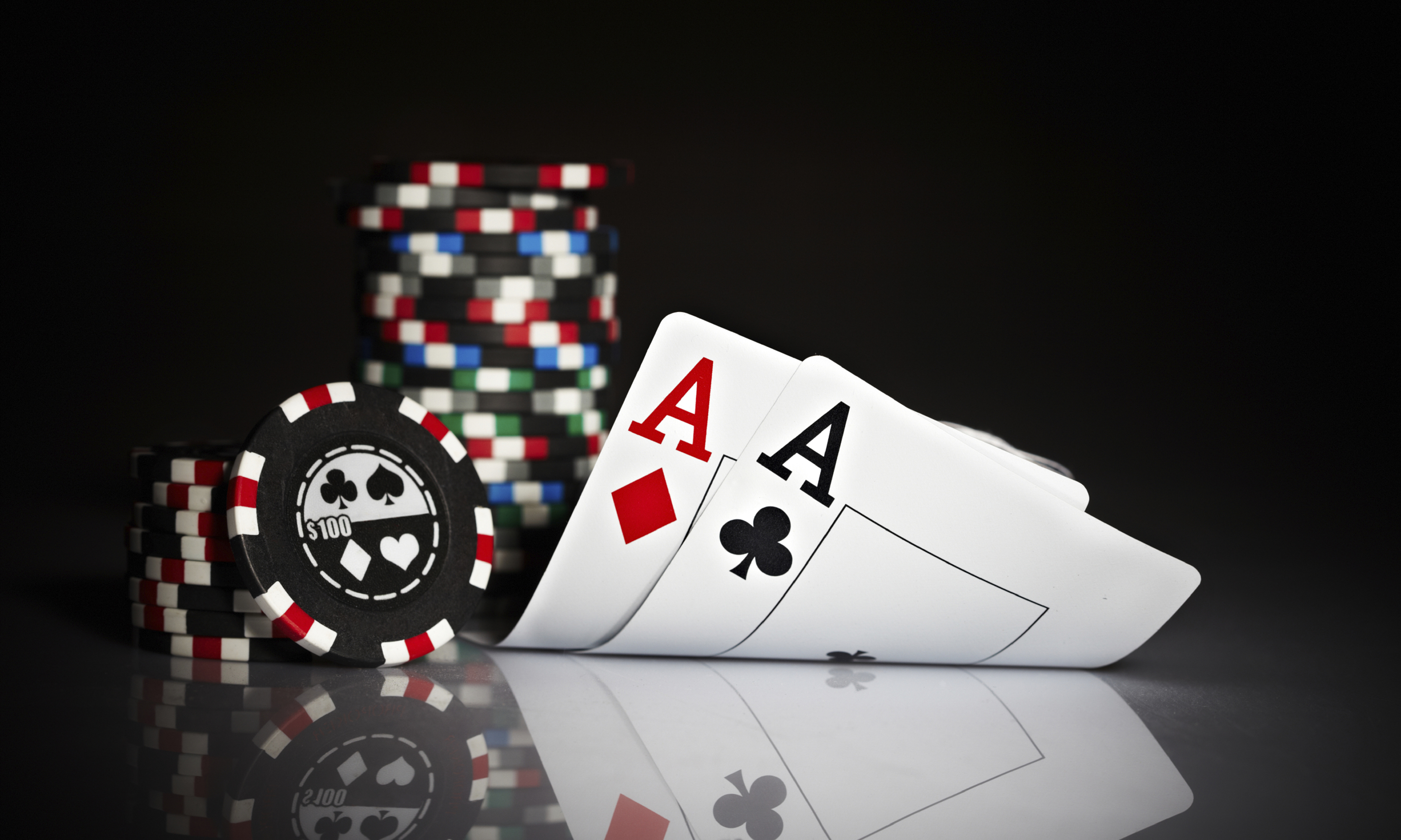 copy97_gaming_poker_cards